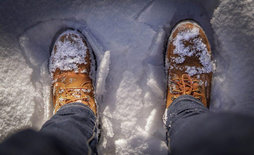 zimowe buty do szkoly